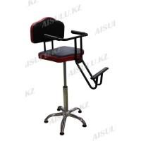 B-114 Кресло парикмахерское детское (черно-красное, гладкое)
