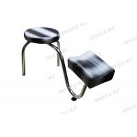 B-34 Подставка педикюрная с креслом для мастера без спинки (серая с черными полосками)