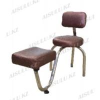 TR-048 Подставка педикюрная с креслом для мастера со спинкой (коричневая,